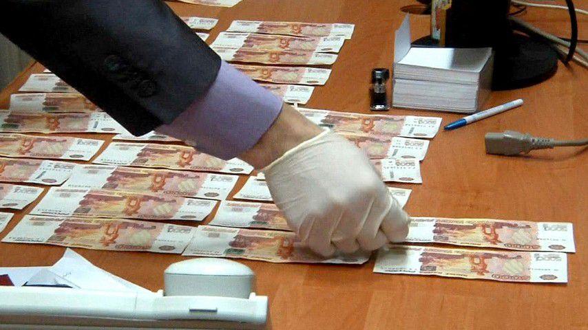 http://www.gtrk-vyatka.ru/uploads/posts/2017-08/1502693228_vo-vladimirskoj-oblasti-v-sud-peredali-delo-vzyatke-chinovnika-v-razmere-40-000-rublej.jpg
