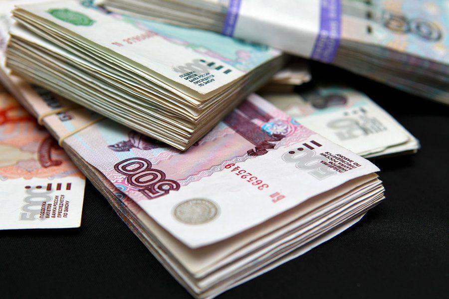 В Советске управляющего подразделения ООО «Просто деньги» обвиняют в мошенничестве на 4 млн рублей.