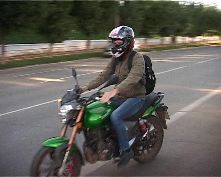 Проверка прав у мотоциклистов