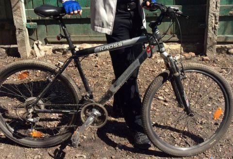 В Дороничах 31-летний мужчина разобрал стенку хозпостройки и украл велосипед.