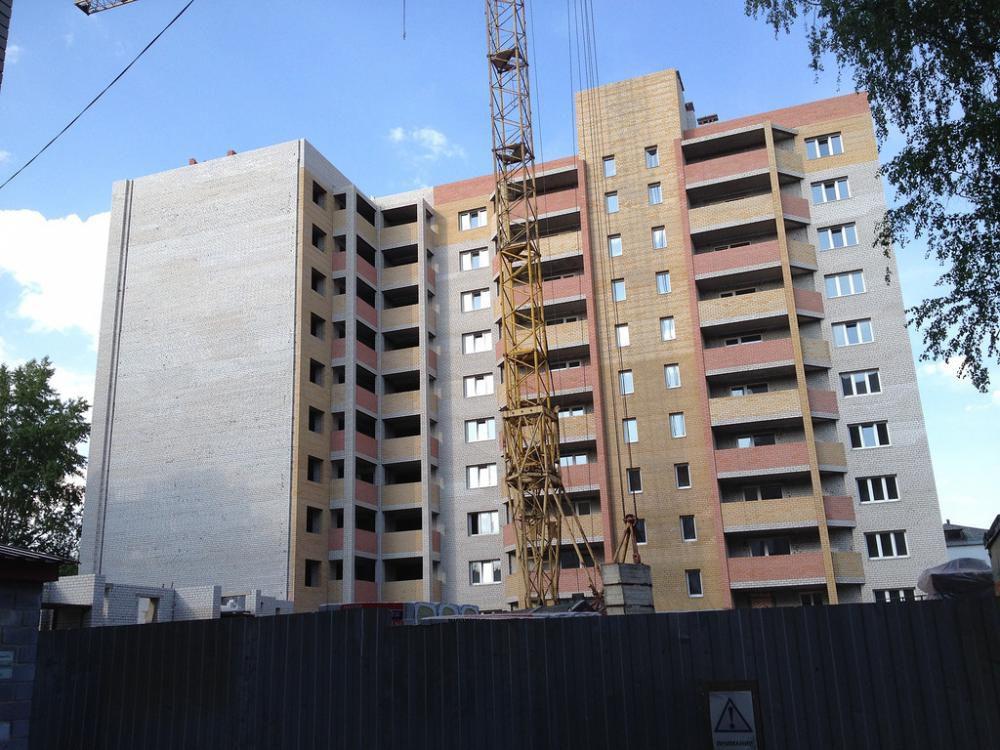 В Кировской области возбудили уголовное дело в отношении застройщика многоквартирного дома на улице Гороховская, 81.