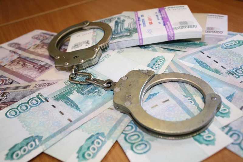 Возбуждено уголовное дело по факту попытки дать взятку сотрудникам ДПС.