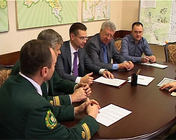 Представители оборонного ведомства прибыли в Киров, чтобы изучить ГИС