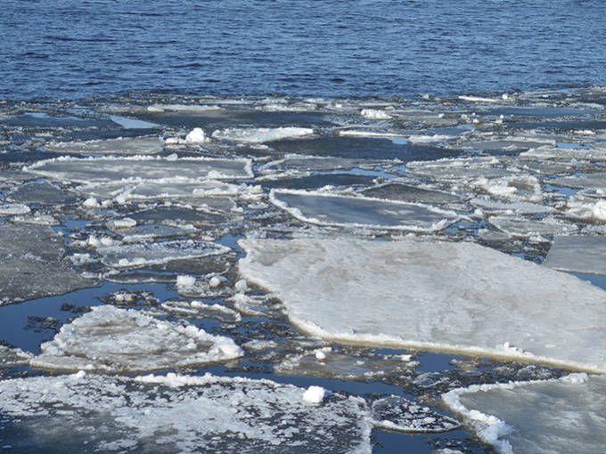 На реках Кировской области начался процесс ледообразования.