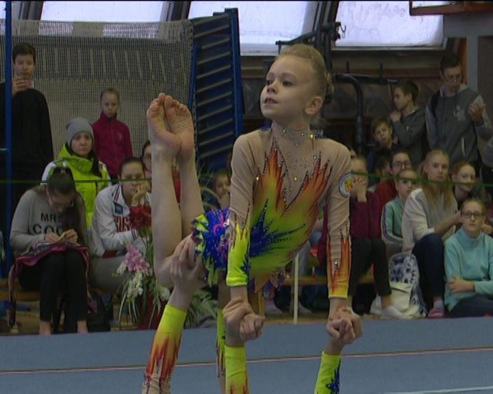 В Кирове прошли Всероссийские соревнования по спортивной акробатике