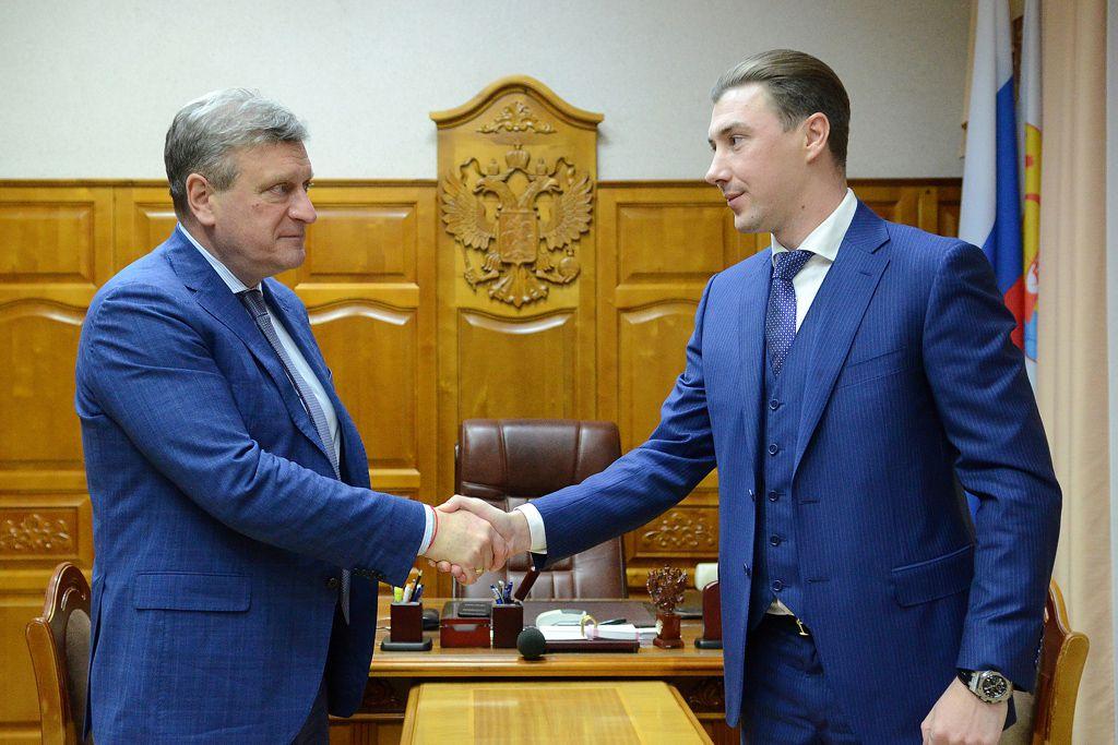 Игорь Васильев определил главные задачи новому министру экономического развития Кировской области.