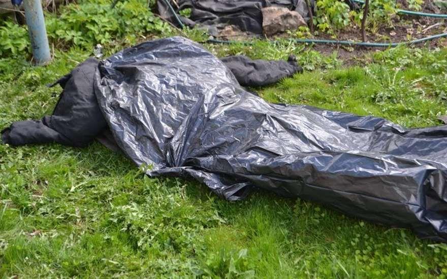 Следователи СУ СКР по Кировской области раскрыли убийство, совершенное 18 лет назад.