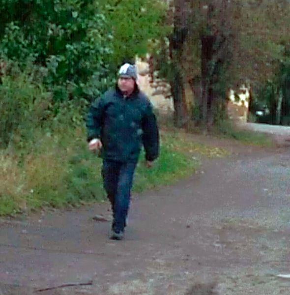 В Кирове ищут мужчину, подозреваемого в совершении преступления в отношении ребенка.