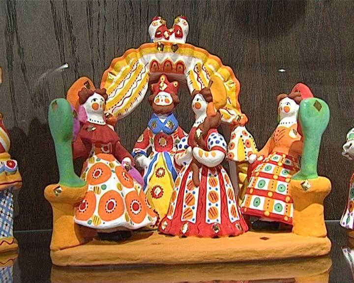 Выставка дымковской игрушки Галины Барановой