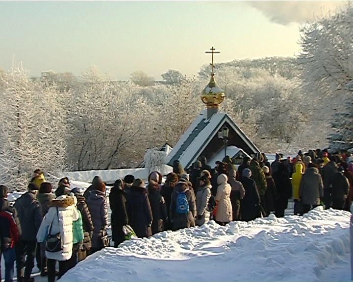 Православный мир отмечает великий праздник Крещения Господня