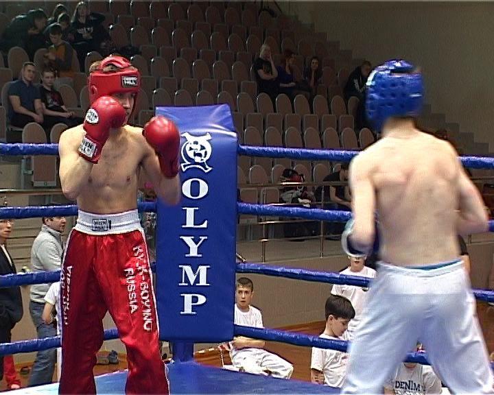 В Кирове состоялись Чемпионат и Первенством области по кикбоксингу