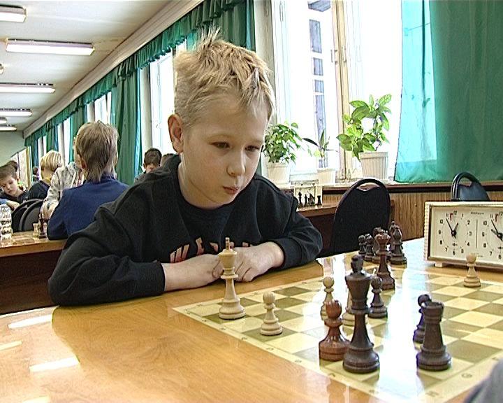 Турнир по шахматам в клубе