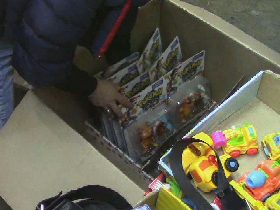В магазине на улице Комсомольской нашли поддельные игрушки.
