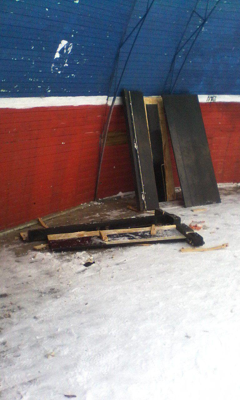 В парке имени Гагарина разломали пианино, установленное общественными активистами.