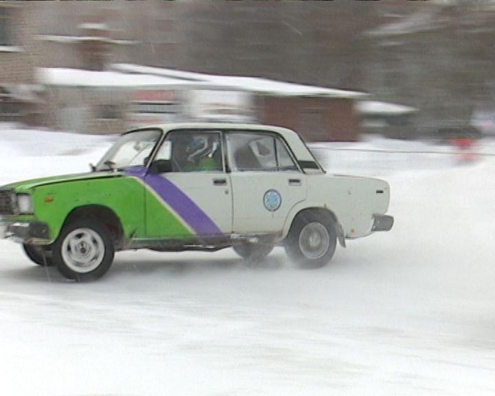 В  Кирове прошли соревнования по дрифту