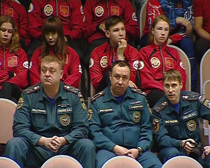В Кирове стартовали 27-е соревнования по пожарно-прикладному спорту на