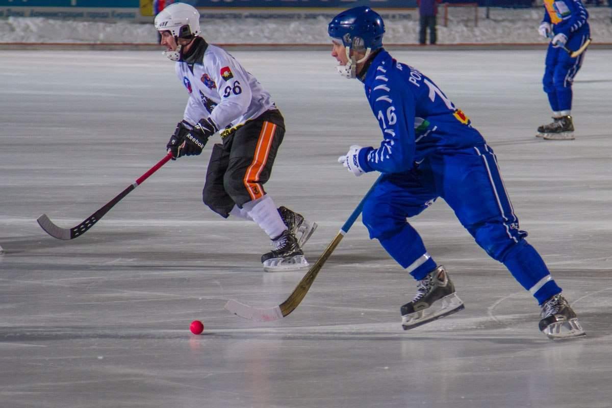Кировская «Родина» потерпела самое крупное с начала сезона поражение.
