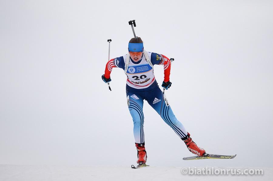 Воспитанница кировской школы биатлона завоевала три медали юниорского первенства Европы.
