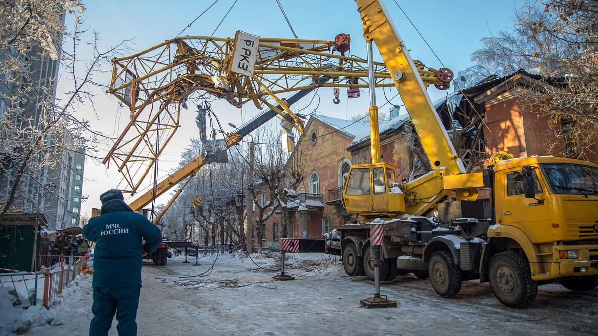 На полное восстановление дома на МОПРа, 109, потребуется около 3 млн рублей.