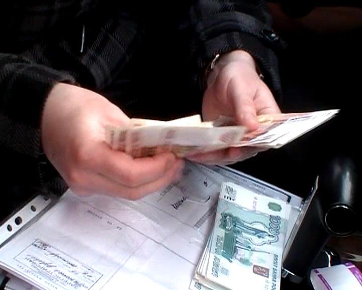 Бывшего главного инженера кировской дистанции пути филиала ОАО «РЖД» за взятку оштрафовали на 2,5 млн рублей.