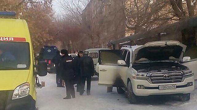 Полиция ищет подозреваемых в убийстве оренбургского бизнесмена и его сына.