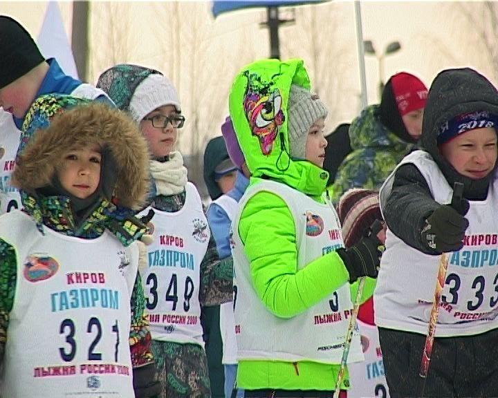 В Кирове прошла лыжная гонка в поддержку детей с синдромом Дауна