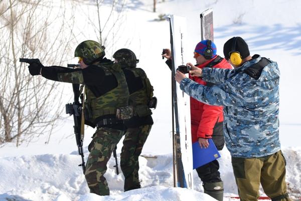 Бойцы отряда спецназа «Алмаз» кировского УФСИН стали лучшими стрелками ПФО.