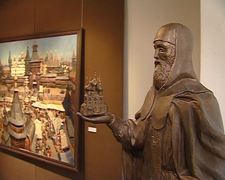 В выставочном зале художественного музея проходит областная выставка союза художников России