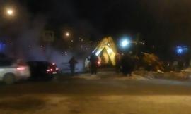 В Кирове устраняют аварию на магистральной теплосети.