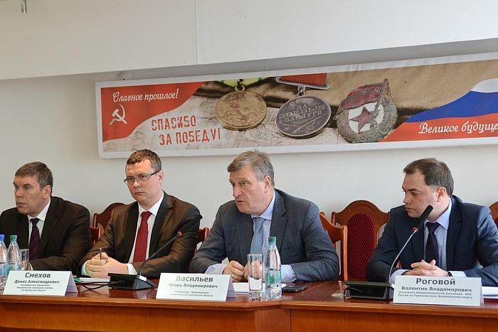 Управление ФНС по Кировской области возглавил Денис Смехов.