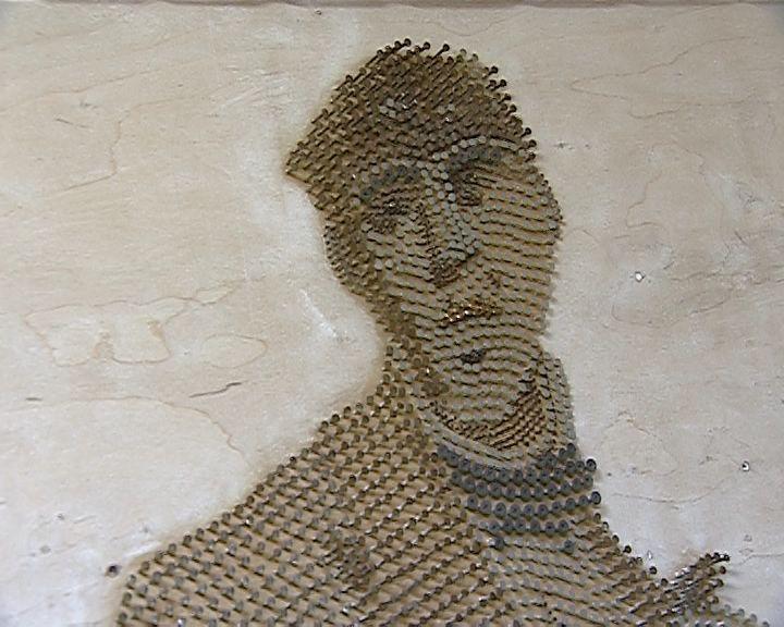 Работы из гвоздей вятского мастера Анатолия Серебренникова в Краеведческом музее