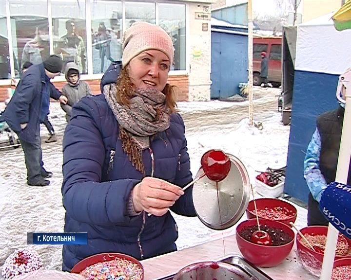 В Котельниче прошел настоящий народный праздник - Алексеевская ярмарка