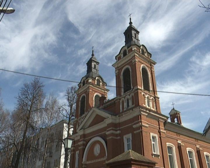 Католики снова хотят вернуть костел