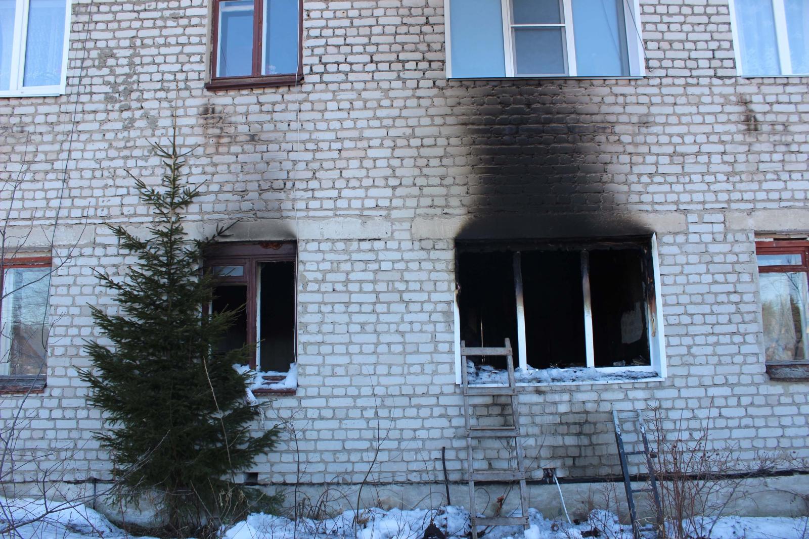 В Котельничском районе проводится доследственная проверка по факту гибели на пожаре трех человек.
