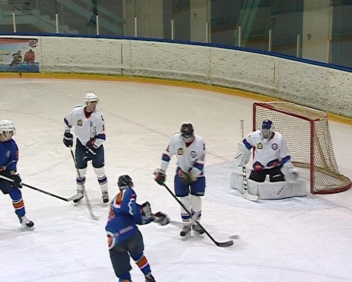 В области официально закрылся хоккейный сезон
