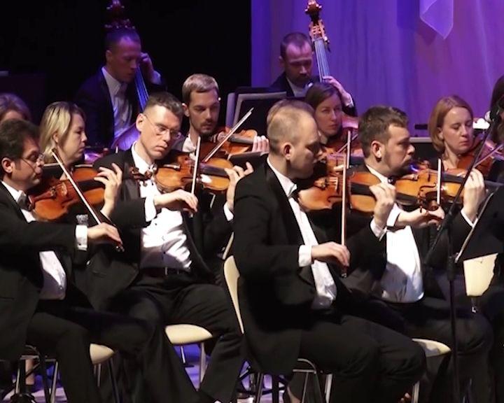Ансамбль Мариинского театра выступил вВятской филармонии
