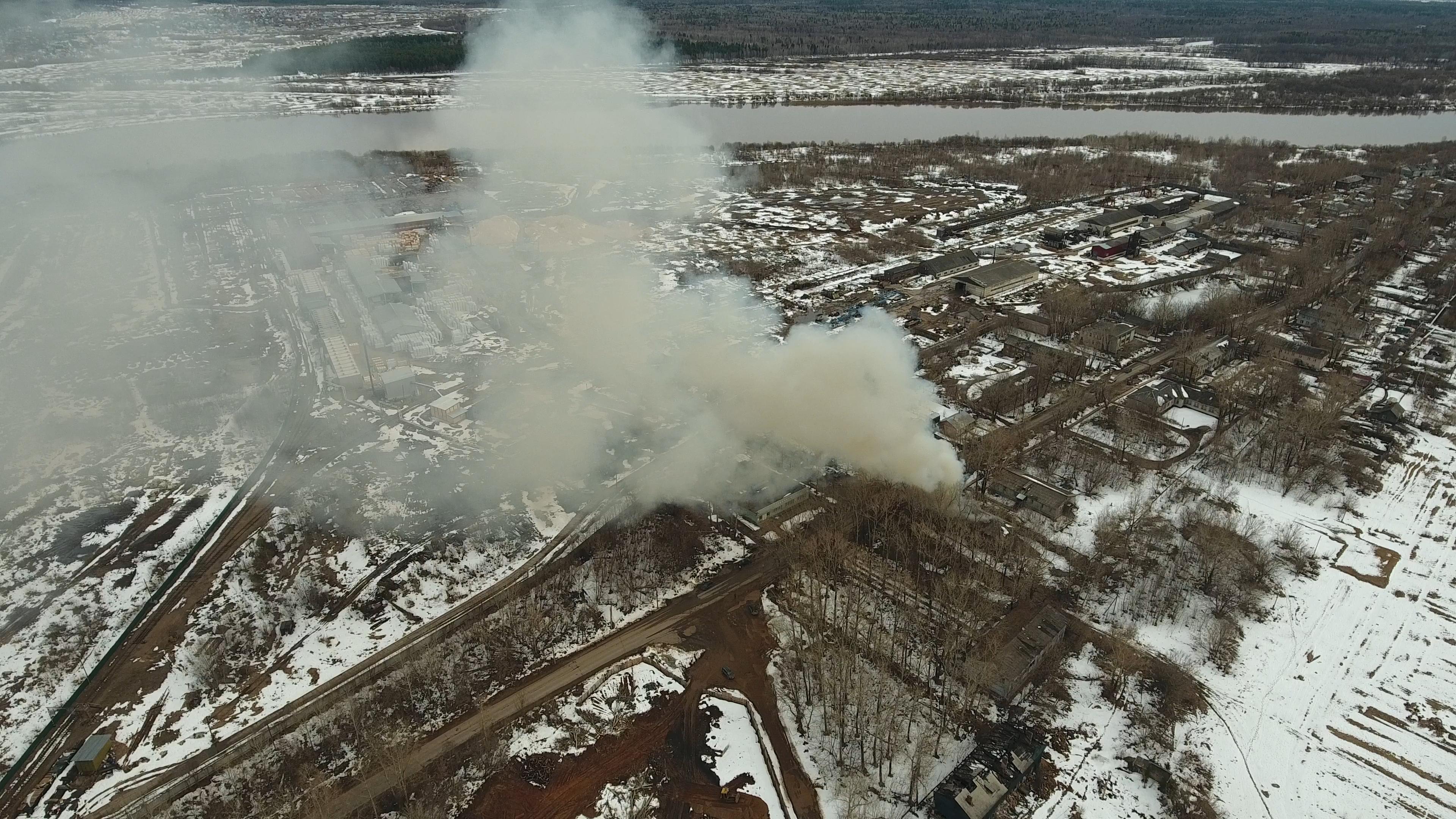 В Вересниках загорелся жилой дом.