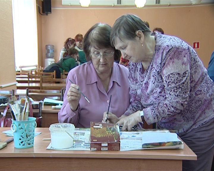 В Кирове стартовал творческий проект для старшего поколения