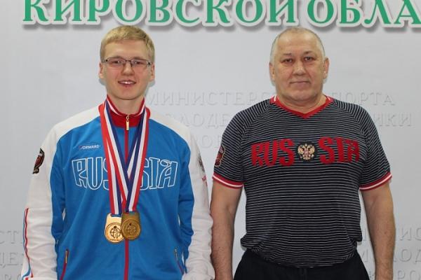 Кировский гиревик завоевал золото чемпионата Европы.