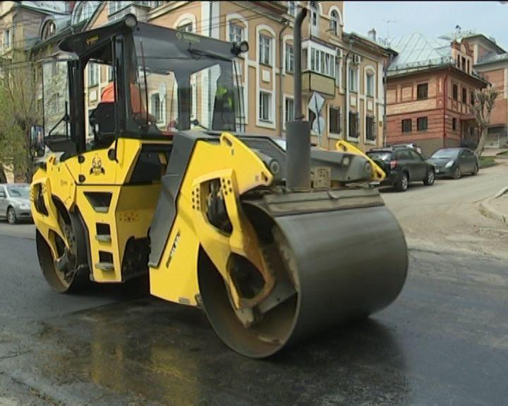 В Кирове продолжается ремонт дорог и фонтанов