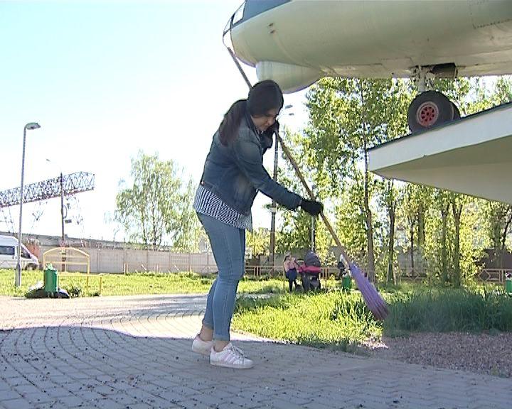 В Кирове стартовала кампания летнего трудоустройства подростков