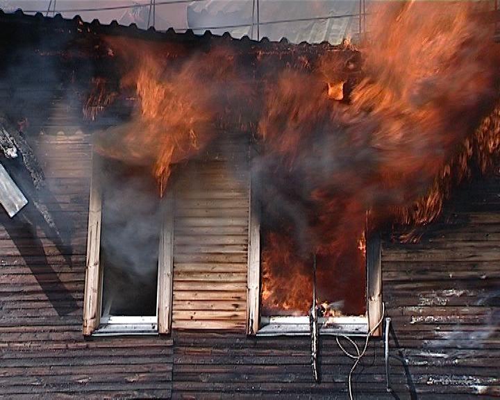 В Вересниках сгорел многоквартирный дом