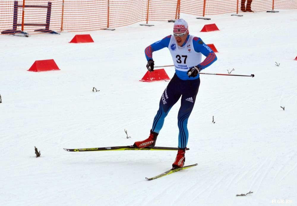Сборная Кировской области по лыжным гонкам лишилась четырёх ведущих спортсменов.