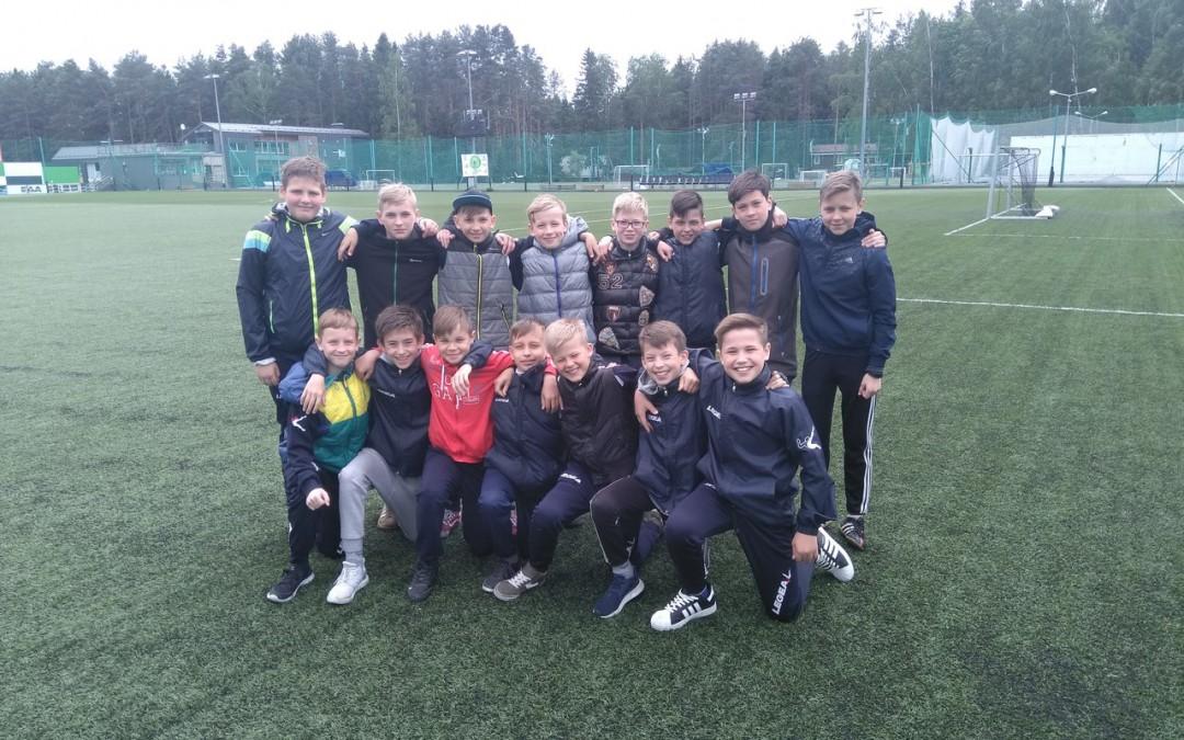 Юные кировские футболисты стали призёрами всероссийских стартов.