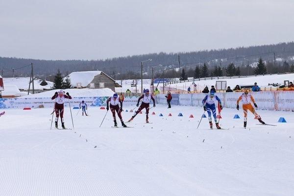 В областном министерстве спорта и молодежной политики прокомментировали ситуацию с кировскими лыжниками.