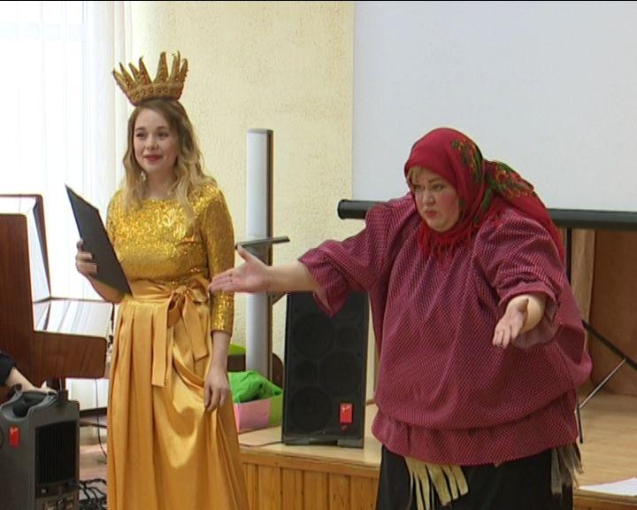 Кировчане отметили день рождения Пушкина и праздник русского языка