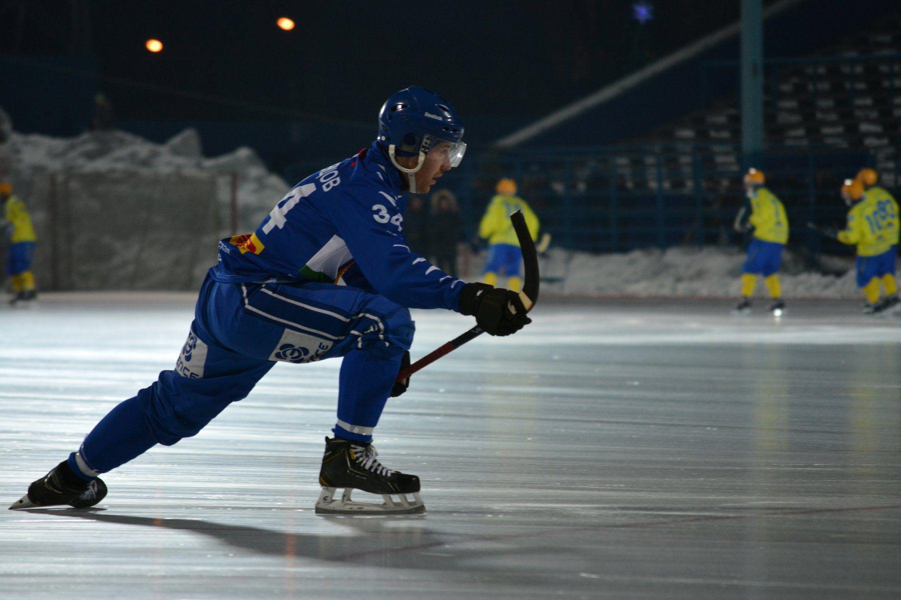 Кировский хоккеист Игорь Леденцов подписал контракт с ХК «Волга».