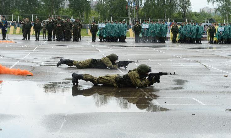 Кировчане участвуют в оборонно-спортивном лагере ПФО «Гвардеец»