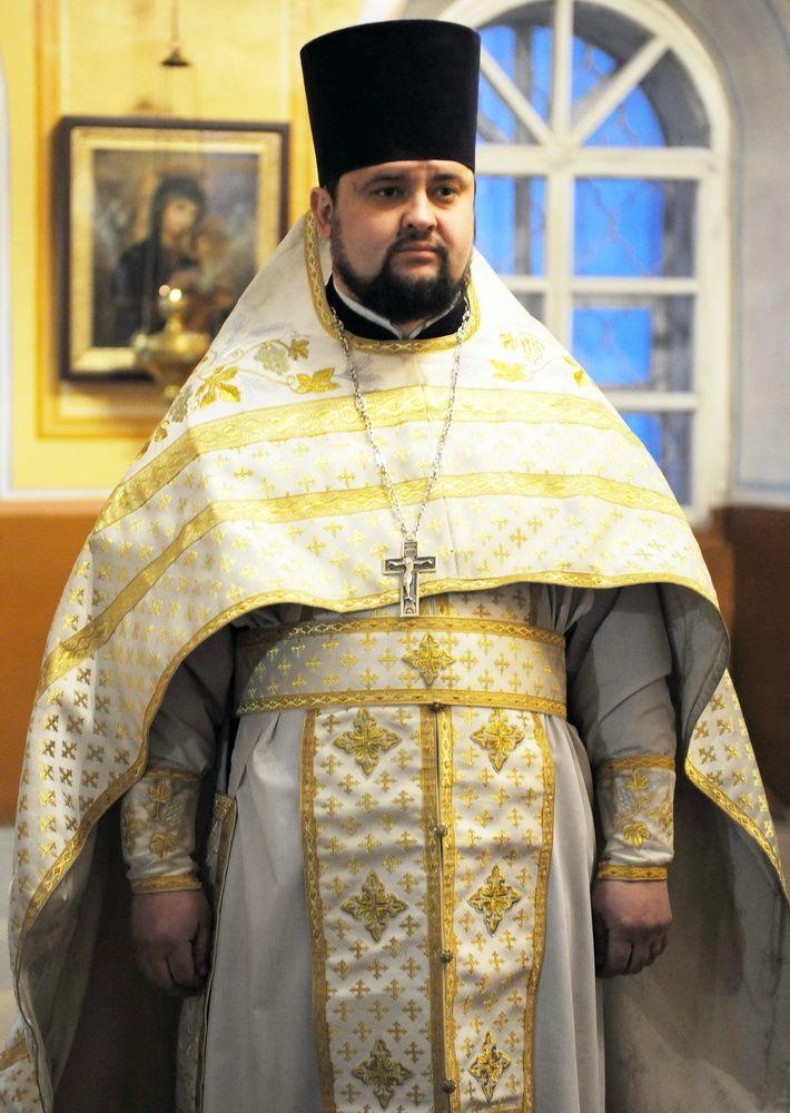 В аварии под Котельничем погиб священник