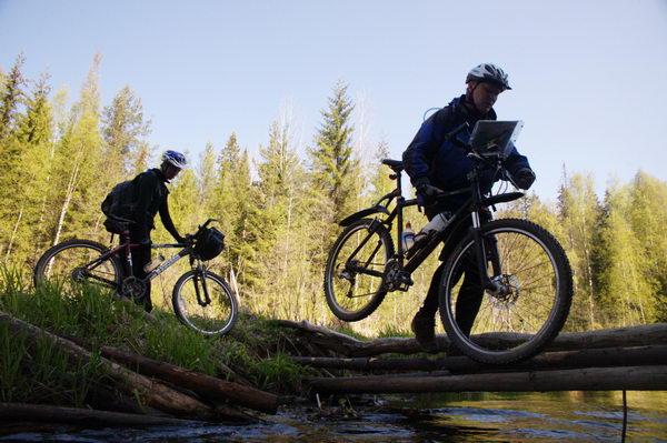 В Бобинском бору прошли чемпионат и первенство области по спортивному ориентированию на велосипеде.